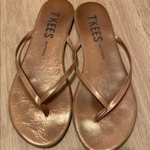 Tkees Glitters Sandal in Gold - Size 7